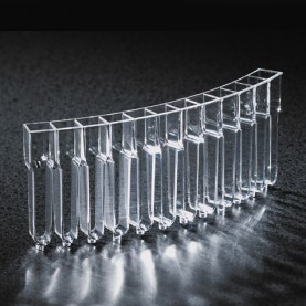 Globe Scientific 5120  Cuvette , PMMA, for Cobas Mira, Mira S and Mira Plus Analyzers (Case of 500)